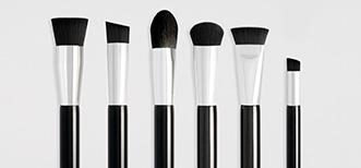 Camouflage make up brushes line