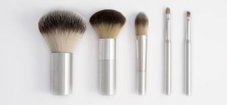 Make up brushes for men