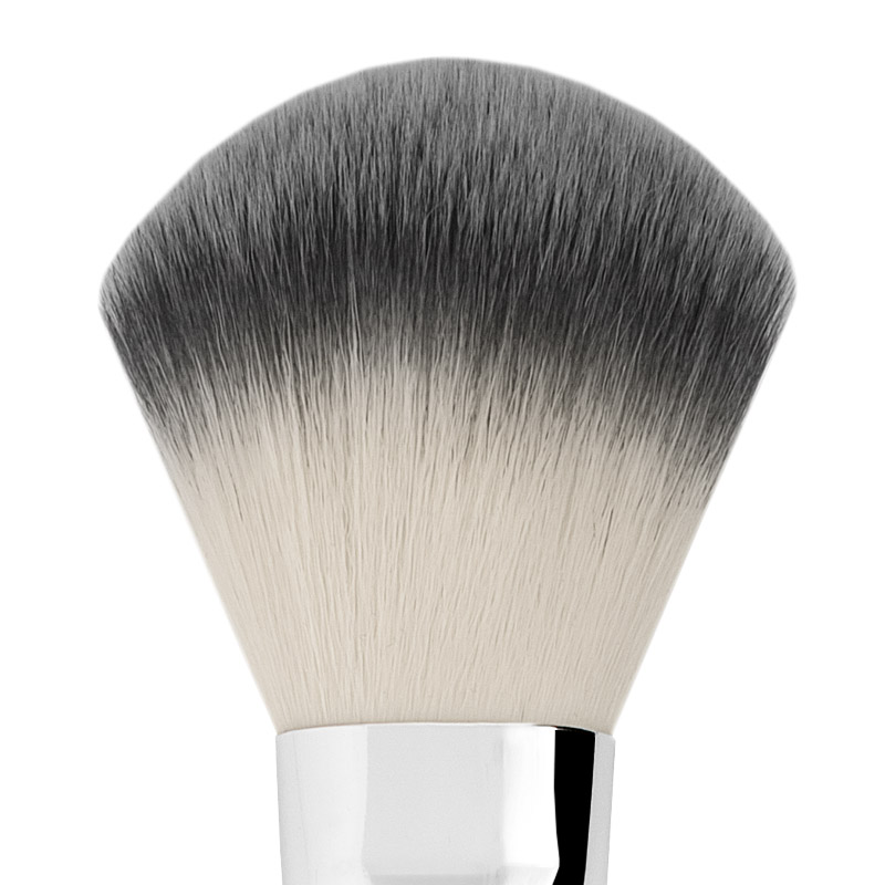 BIG FLAT SYNTHETIC POWDER BRUSH