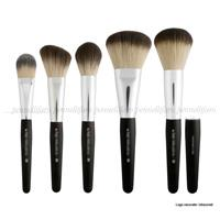 Technical line of brushes for a well-knows Italian professional makeup brand
