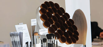 Pennelli Faro a MakeUp in Los Angeles: si definisce il futuro dell'industria del Makeup