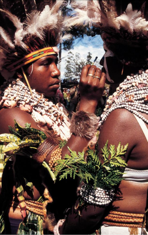 Searching for inspiration. Travel books: Mount Hagen, Papua New Guinea